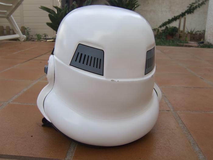 Rick330_HelmetBack.jpg
