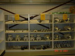 Armor_Shelf_04.jpg