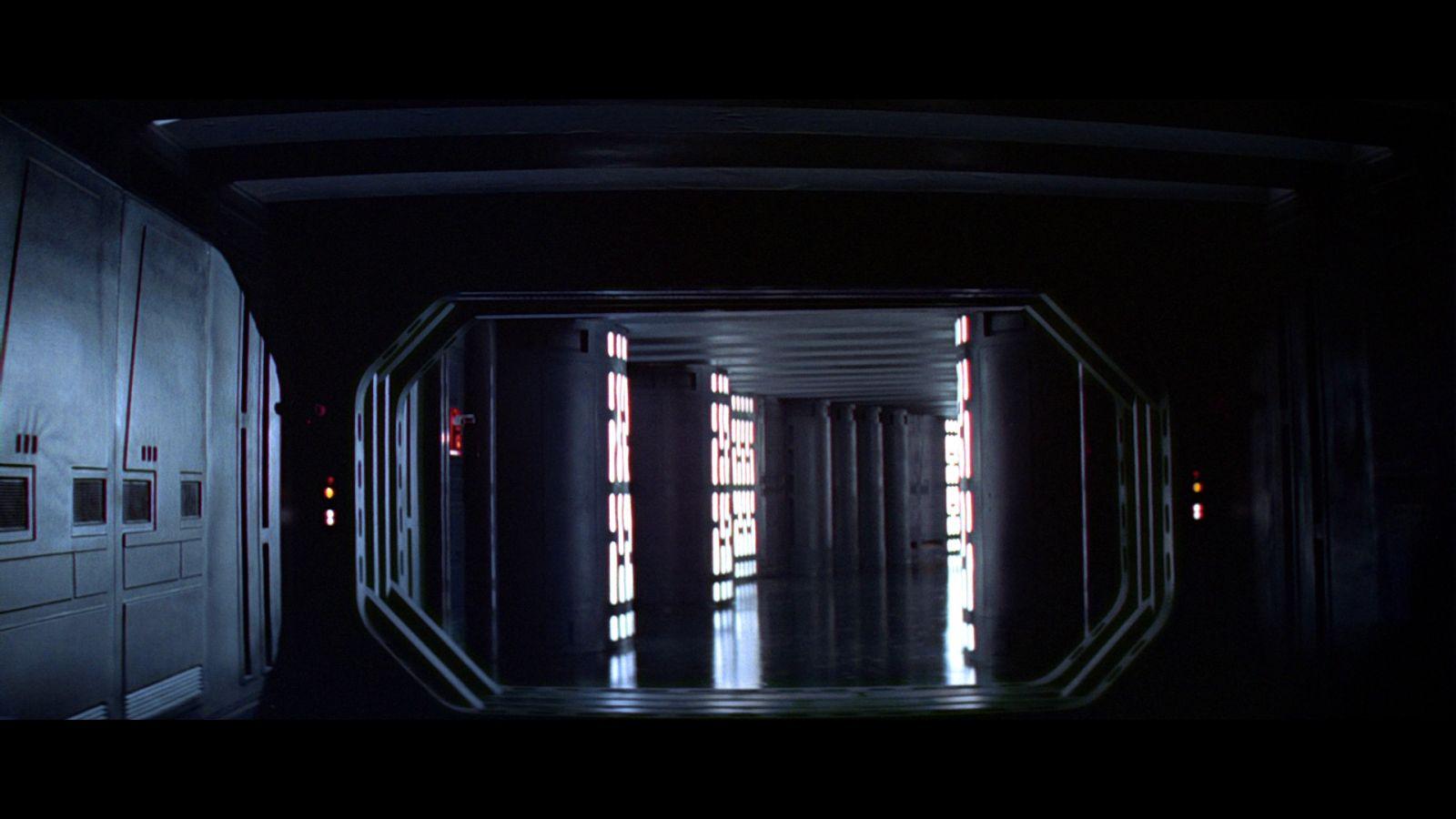 Star Wars A New Hope Bluray Capture 03-25.jpg