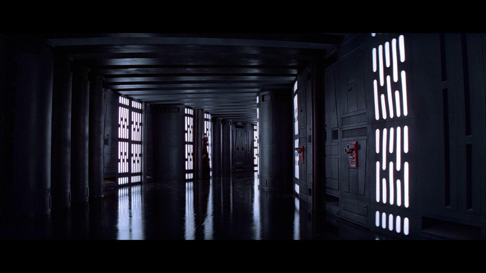 Star Wars A New Hope Bluray Capture 03-23.jpg