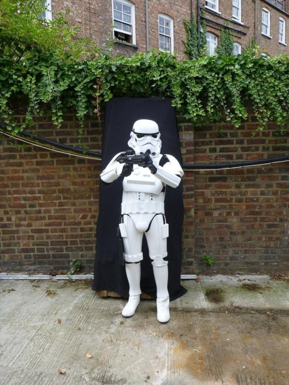 star-wars-stormtrooper-rubies-edition_360_a2571c36573c8229699bfd331ccc7d1b.thumb.jpg.114c68328505c1885b0550c43c89e30f.jpg