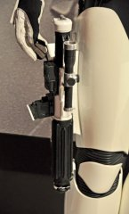 star-wars-tfa-stormtrooper-blaster-top_23046773343_o.jpg