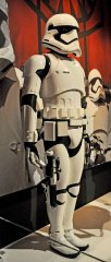 star-wars-tfa-stormtrooper-full-rt_23673841365_o.jpg
