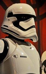 star-wars-tfa-stormtrooper-helmet-rt_23046771593_o.jpg