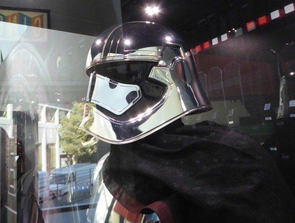 star wars last jedi phasma helmet.jpg