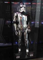 star wars last jedi captain phasma costume (1).jpg
