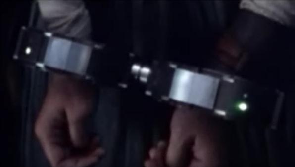 cuffs3.png.80f3b7515f4f609e2ff21ab865aada04.png
